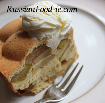 Apple Charlotte recipe. 'Sharlotka' Russian dessert, pie, cake