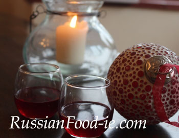 Klukovka – home made Russian cranberry vodka