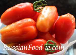 Pickled (marinated) tomatoes recipe. Russian style