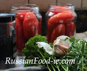 Pickled tomatoes recipe. Russian style canned marinated tomatoes
