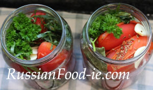 Pickled tomatoes recipe. Marinated canned tomatoes, Russian style