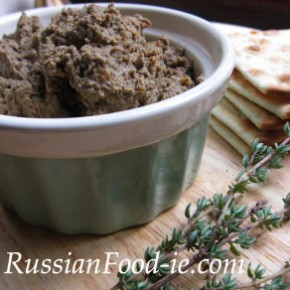 Home made liver pâté with beef or lamb liver. Easy recipe