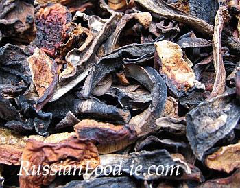 Orange Birch Bolete (Leccinum aurantiacum). Dried mushrooms