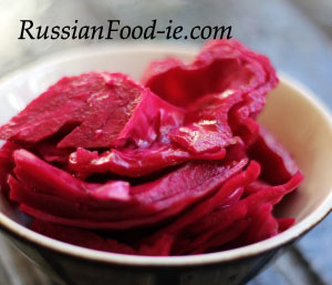 Pink pickled (marinated) cabbage recipe (pink sauerkraut)